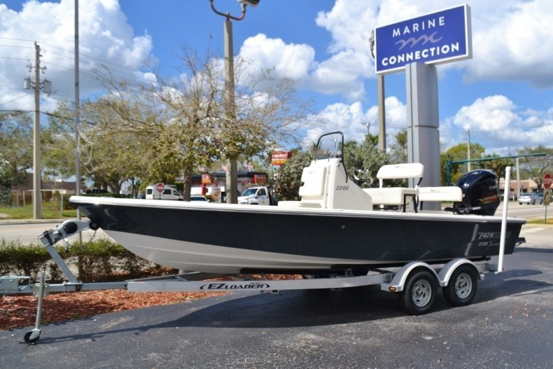 New 2018 Pathfinder 2200 Tournament Edition boat for sale in Vero Beach, FL