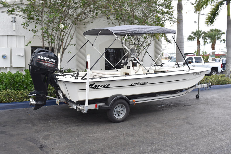 Used 2013 Mako Pro Skiff 17 Center Console boat for sale in West Palm Beach, FL