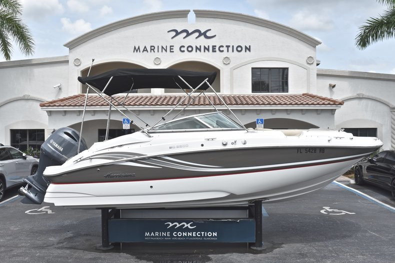 Used 2016 Hurricane SunDeck SD 2200 OB boat for sale in Fort Lauderdale, FL