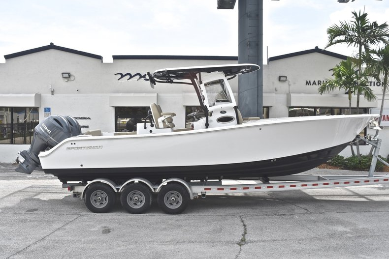 Used 2017 Sportsman Open 282 TE Center Console boat for sale in Fort Lauderdale, FL