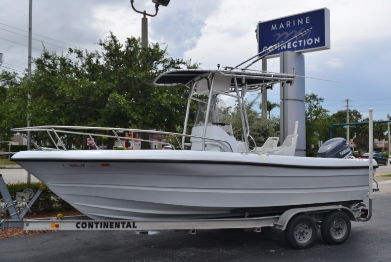 Used 2003 Triumph 210 boat for sale in Vero Beach, FL