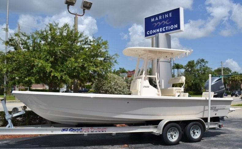 Photo for 2019 Pathfinder 2400 TRS Bay Boat