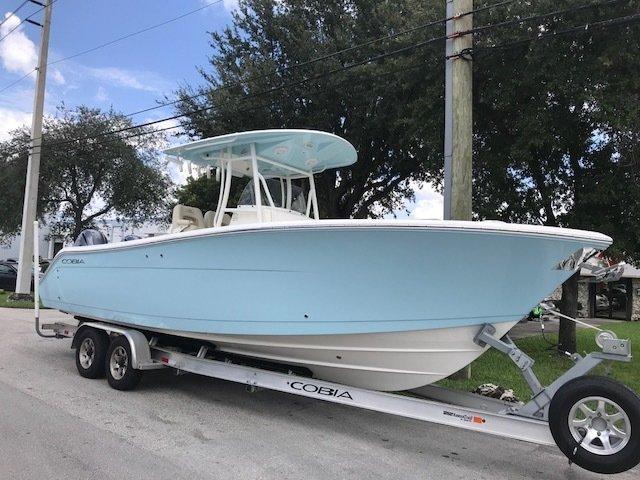 New 2019 Cobia 277 Center Console boat for sale in Miami, FL