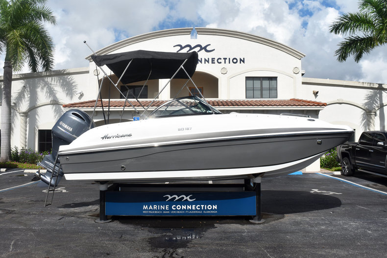 New 2019 Hurricane SunDeck SD 187 OB boat for sale in Vero Beach, FL