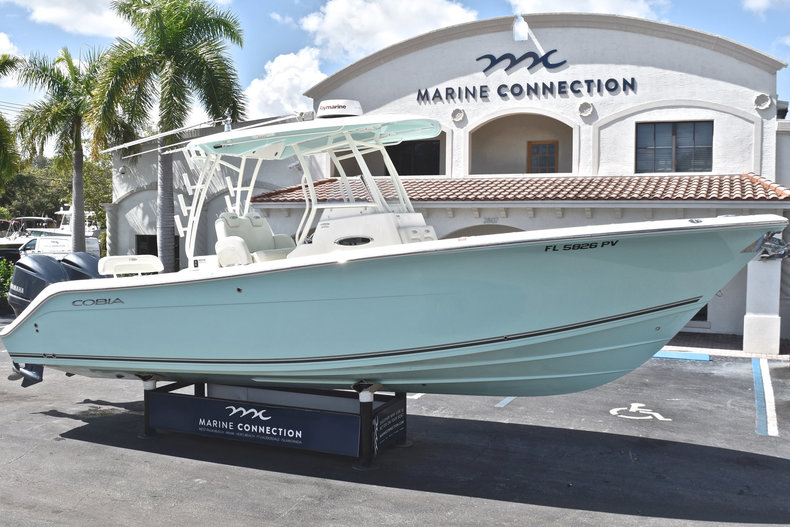 Used 2015 Cobia 296 Center Console boat for sale in West Palm Beach, FL