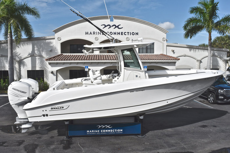 Used 2016 Boston Whaler 280 Outrage boat for sale in West Palm Beach, FL