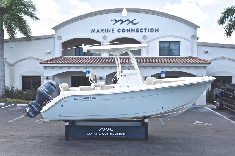 Used 2016 Cobia 220 Center Console boat for sale in West Palm Beach, FL