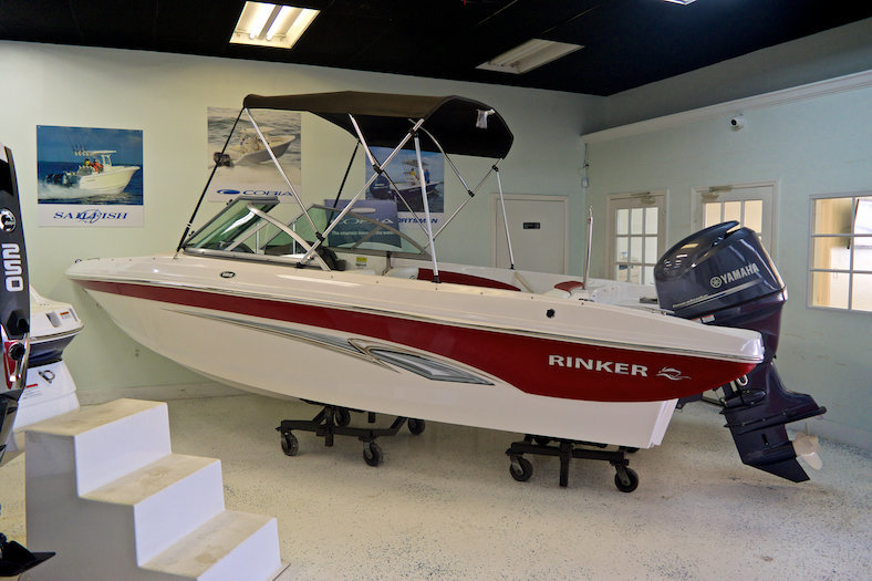 New 2014 Rinker Captiva 186 OB Bowrider boat for sale in Miami, FL