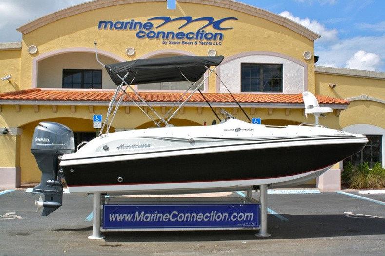 New 2014 Hurricane SunDeck Sport SS 188 OB boat for sale in Vero Beach, FL