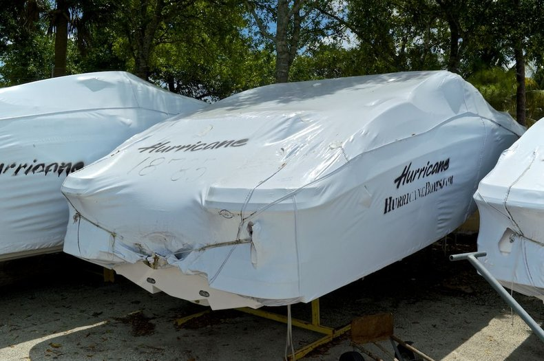 New 2014 Hurricane SunDeck SD 2200 OB boat for sale in West Palm Beach, FL