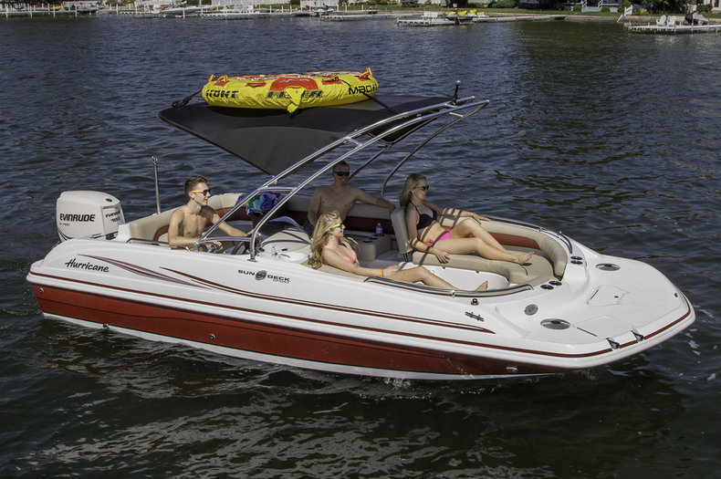 2015 Hurricane SunDeck Sport SS 201 OB boat for sale in West Palm Beach, FL