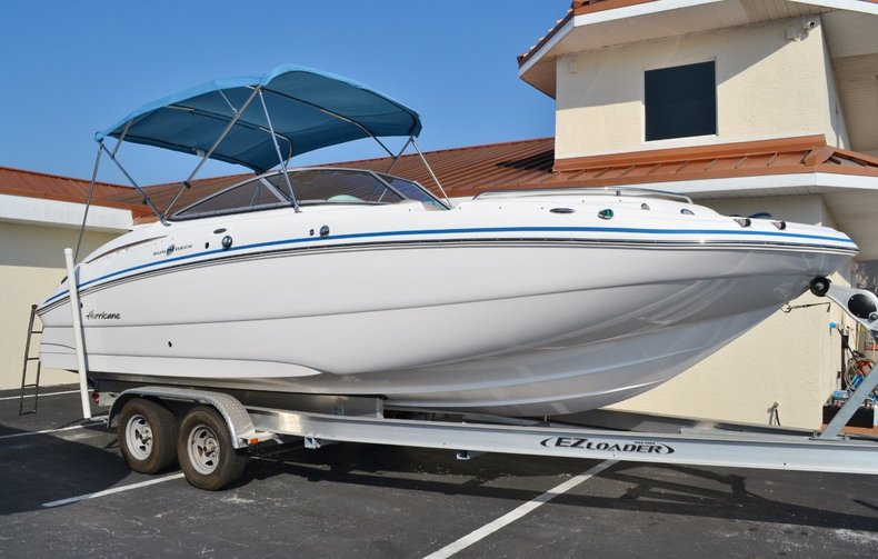 New 2014 Hurricane SunDeck SD 2400 OB boat for sale in Vero Beach, FL