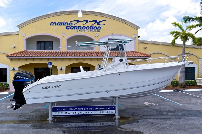 Used 2002 Sea Pro 255 Center Console boat for sale in West Palm Beach, FL