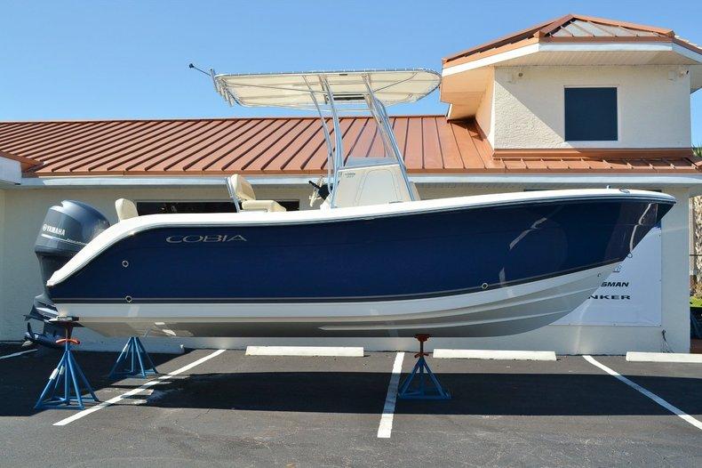 New 2014 Cobia 217 Center Console boat for sale in Vero Beach, FL