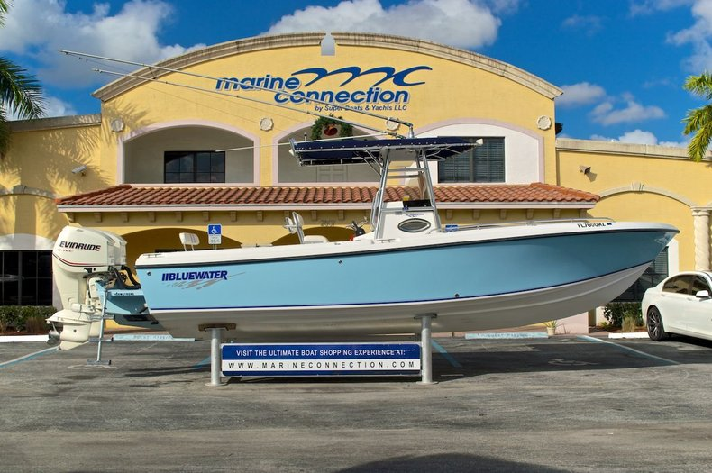 Used 2006 Bluewater 2550 Center Console boat for sale in West Palm Beach, FL