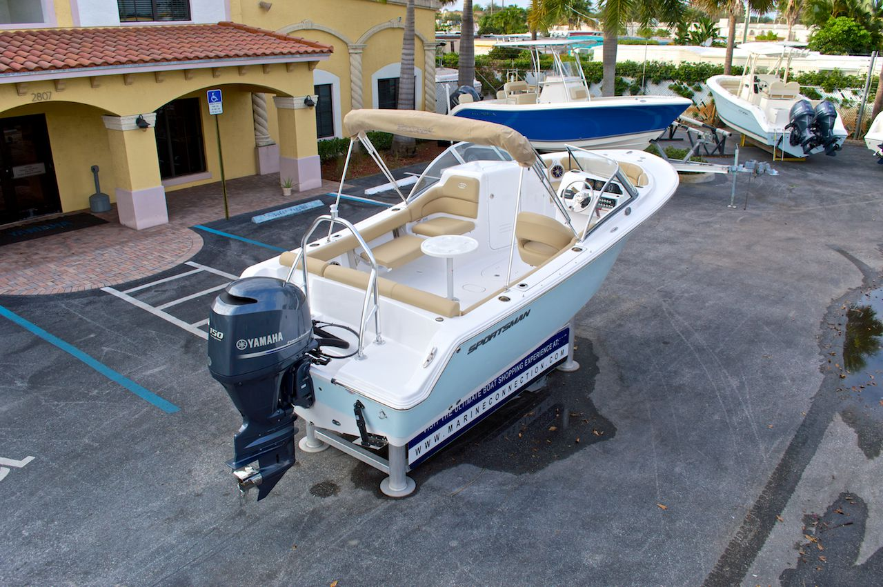 New 2014 Sportsman Discovery 210 Dual Console Boat For