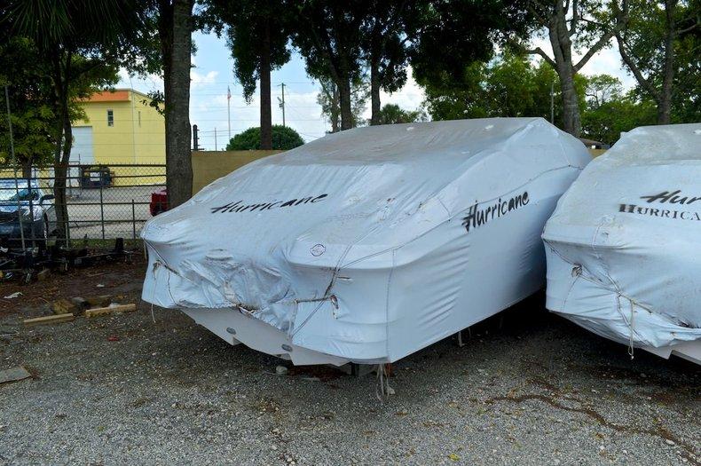 New 2014 Hurricane SunDeck SD 2200 OB boat for sale in Miami, FL