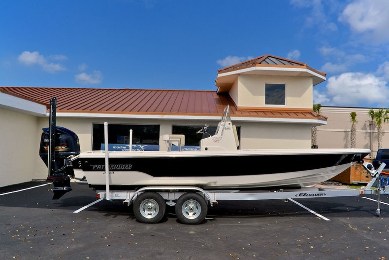 New 2014 Pathfinder 2300 HPS Bay Boat boat for sale in Vero Beach, FL