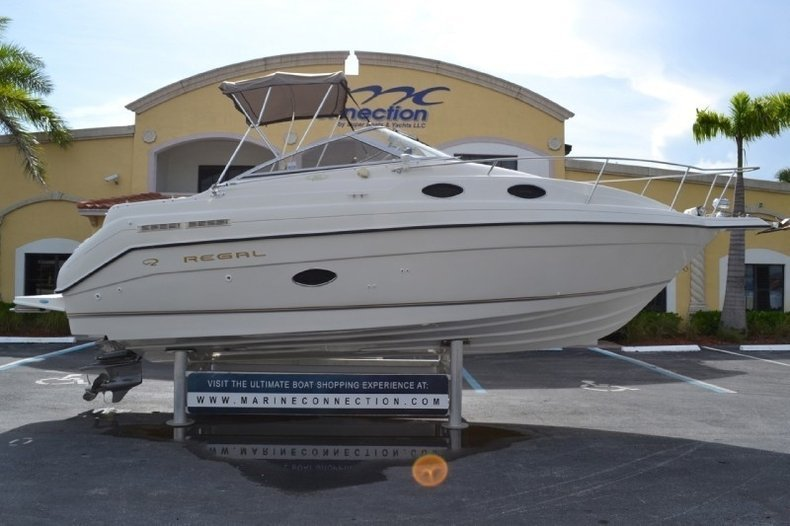used 1999 regal 258 commodore cruiser boat for sale in west palm beach fl 0693 new used. Black Bedroom Furniture Sets. Home Design Ideas