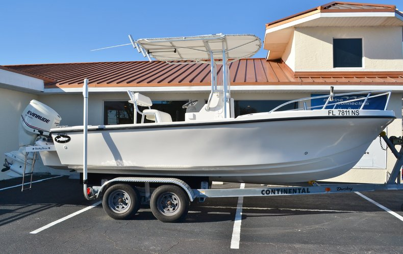 Used 2008 Dusky Marine 203 Center Console boat for sale in Vero Beach, FL