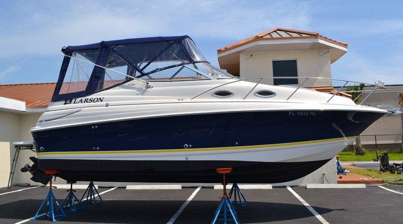 Used 2006 Larson 240 Cabrio boat for sale in Vero Beach, FL