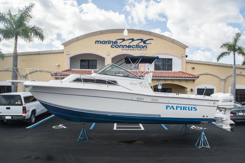 Used 1991 Wellcraft 2800 Coastal Walkaround boat for sale in West Palm Beach, FL