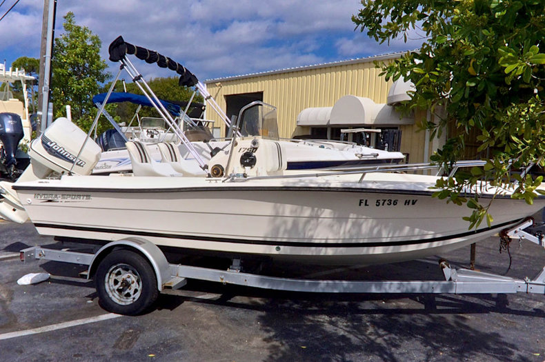 Used 1991 Hydra-Sports 1750 Center Console boat for sale in West Palm Beach, FL