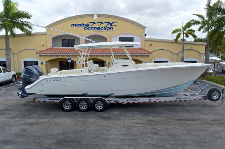 New 2014 Cobia 344 Center Console boat for sale in Miami, FL