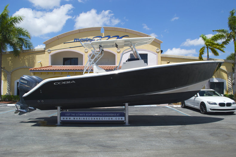 Used 2009 Cobia 296 Center Console boat for sale in West Palm Beach, FL