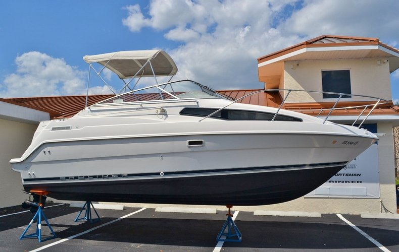 Used 1999 Bayliner 2355 Ciera boat for sale in Vero Beach, FL