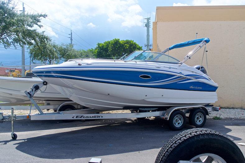 New 2014 Hurricane SunDeck SD 2000 OB boat for sale in Miami, FL