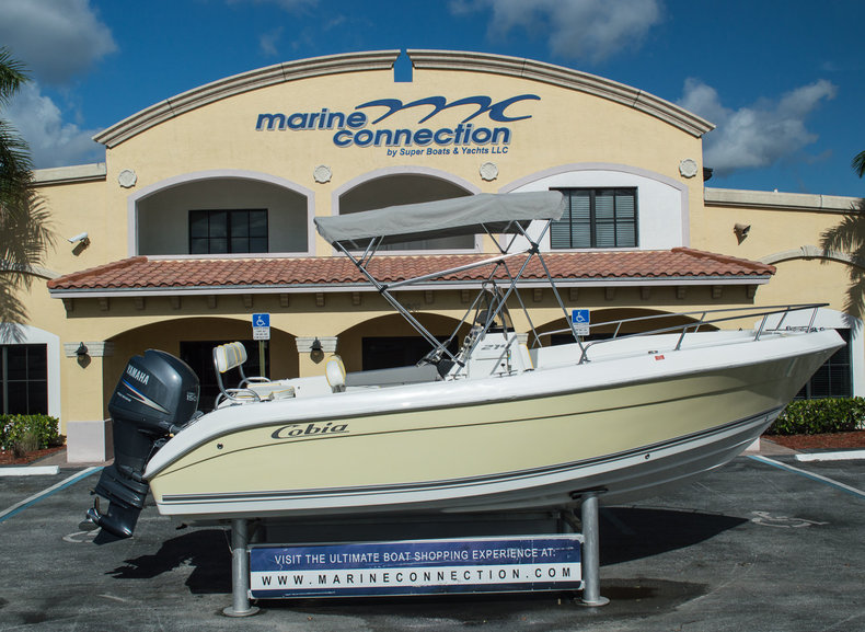 Used 2005 Cobia 214 Center Console boat for sale in West Palm Beach, FL