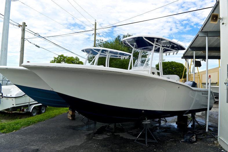 New 2014 Tidewater 230 CC Adventure Center Console boat for sale in Miami, FL