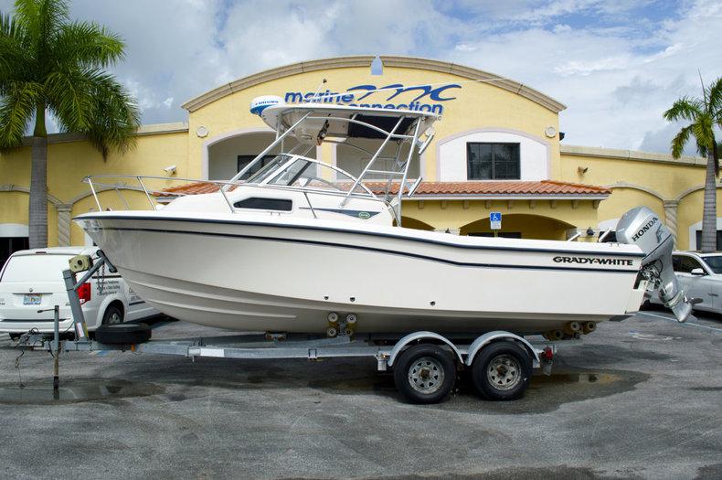 Used 2003 Grady-White Seafarer 228 Walk Around boat for sale in West Palm Beach, FL