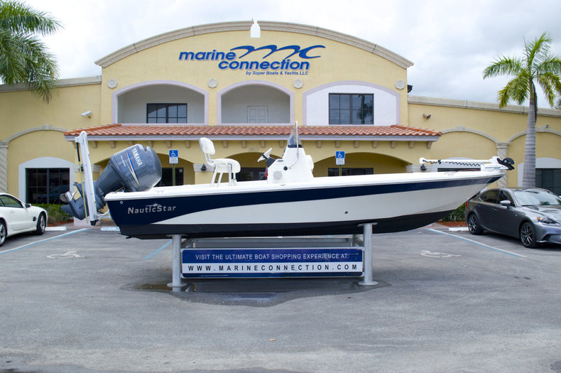 Used 2010 NauticStar NauticBay 2110 Bay Boat boat for sale in West Palm Beach, FL