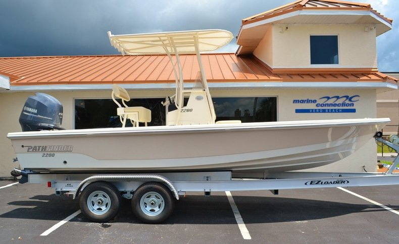 New 2014 Pathfinder 2200 TRS Bay Boat boat for sale in Vero Beach, FL