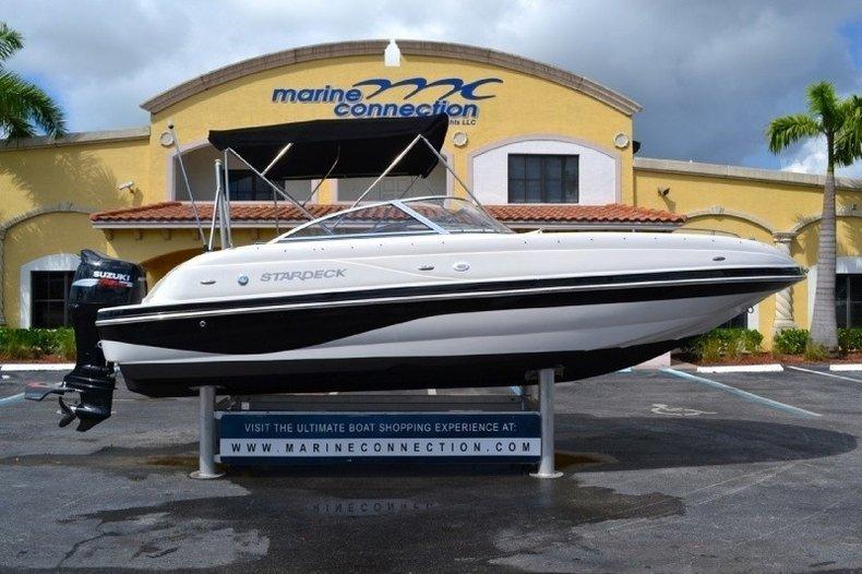 Used 2004 Starcraft Stardeck 2210 Aurora boat for sale in West Palm Beach, FL