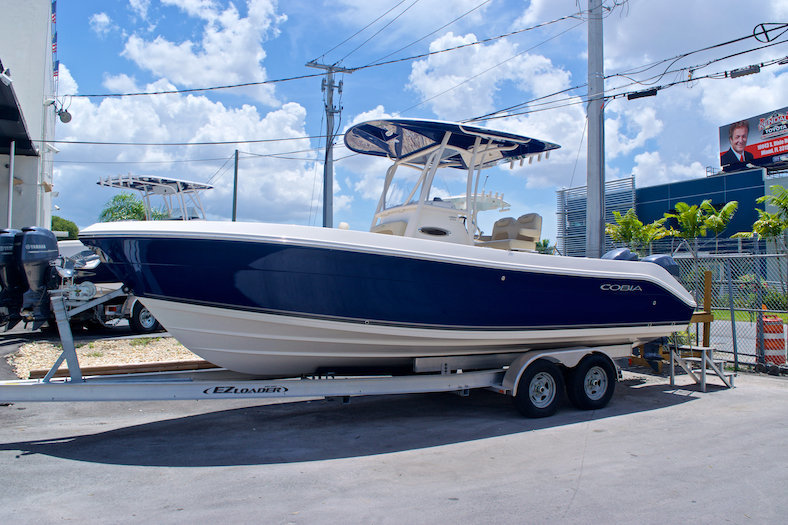 New 2015 Cobia 256 Center Console boat for sale in Miami, FL