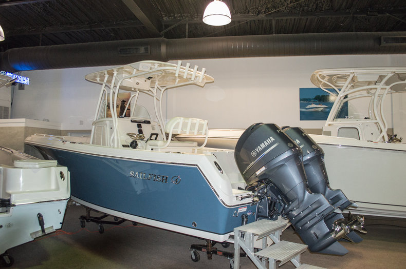 2015 Sailfish 240 CC Center Console boat for sale in Vero Beach, FL