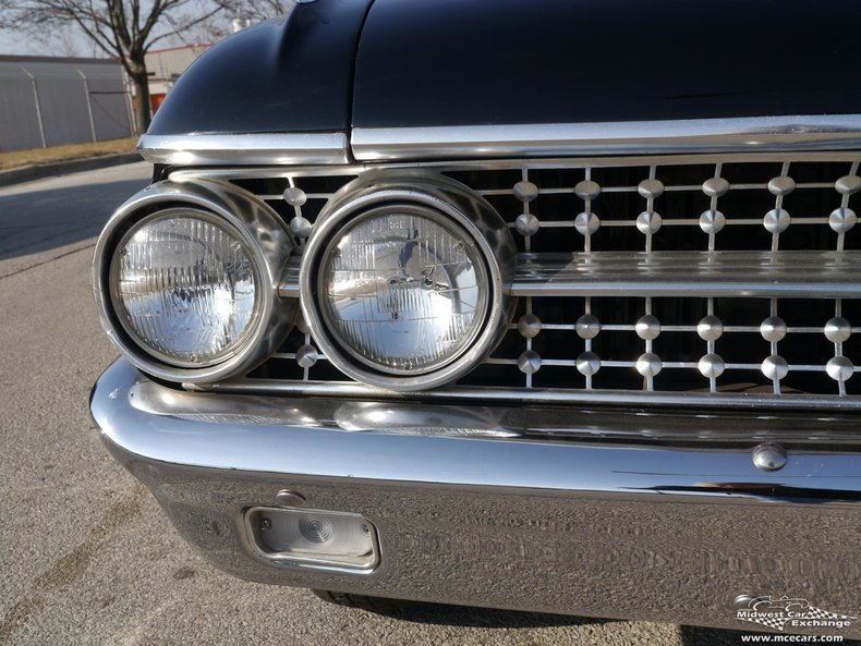 1961 1961 Ford Sunliner For Sale