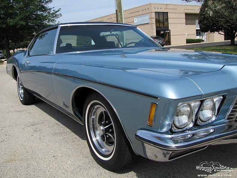 Beau ... 1972 Buick Riviera ...