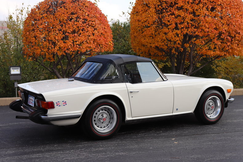 470047fb5b5f0 low res 1974 triumph tr6