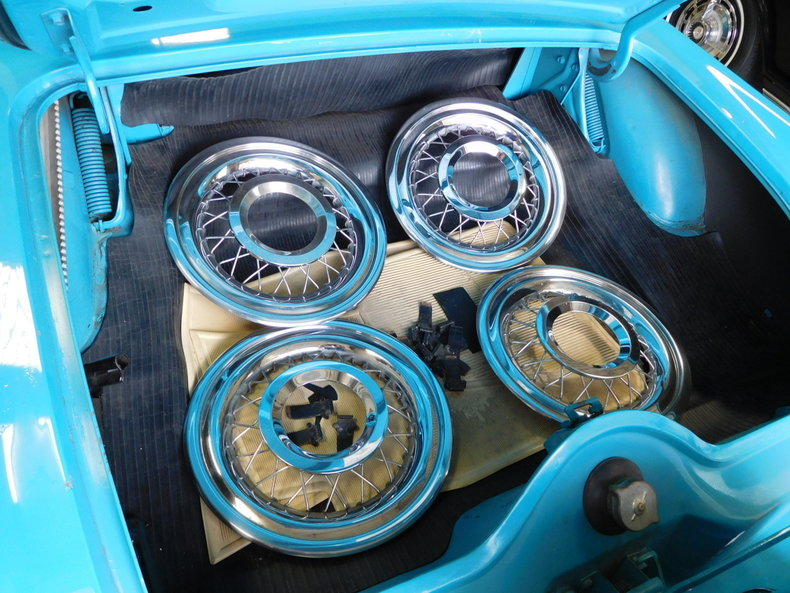 49592fb401951 low res 1956 ford thunderbird