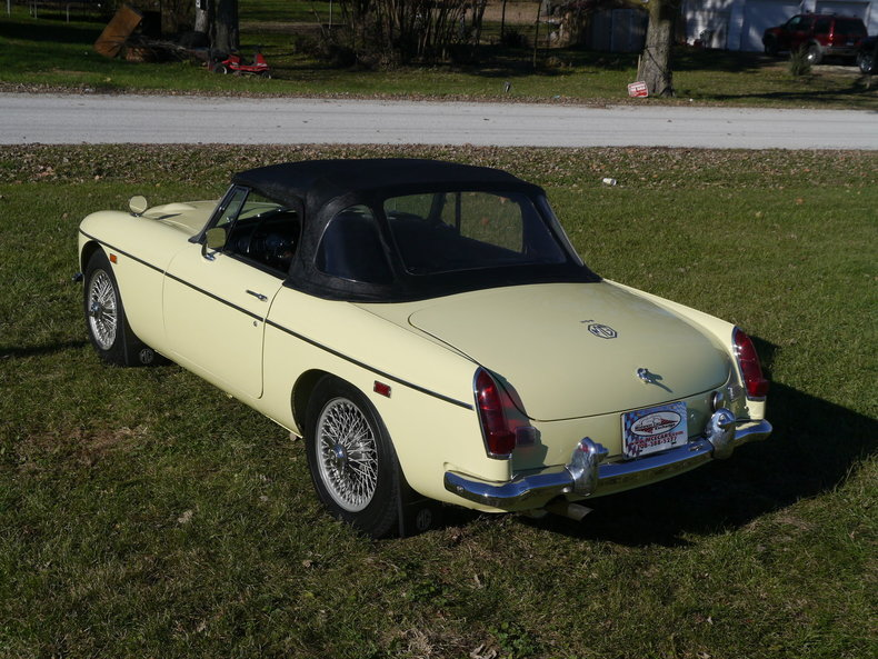 4740662d4b7b8 low res 1969 mg mgc