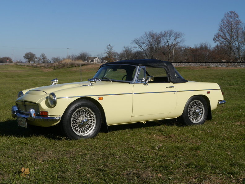474076ce4d794 low res 1969 mg mgc