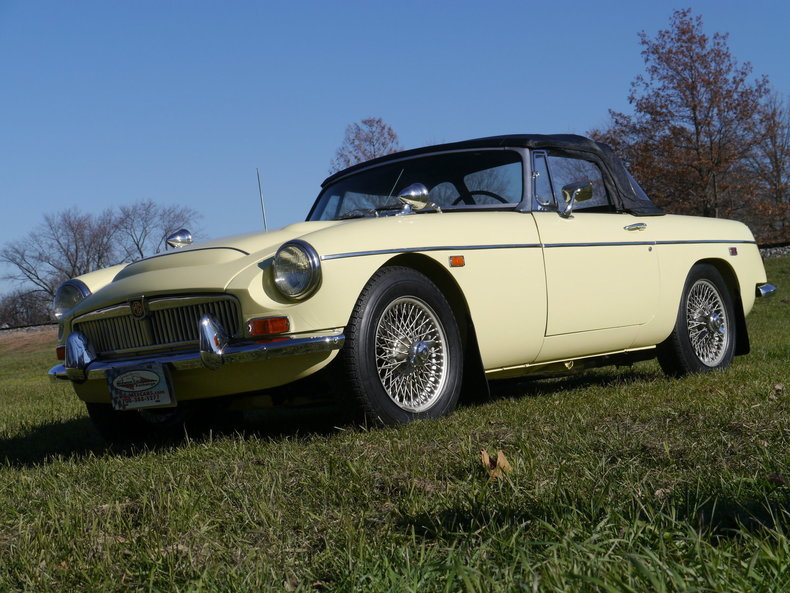 474104304d1f0 low res 1969 mg mgc