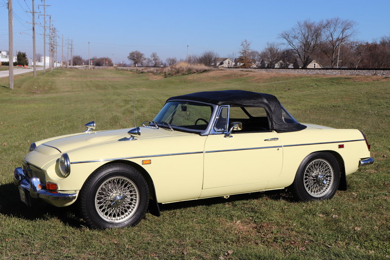 47418555f4fe2 low res 1969 mg mgc