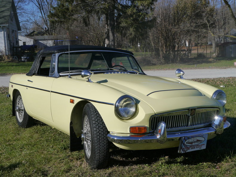 4742826def4cc low res 1969 mg mgc