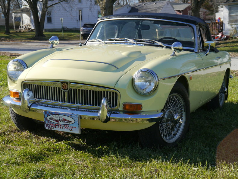 47430bc0b1df0 low res 1969 mg mgc