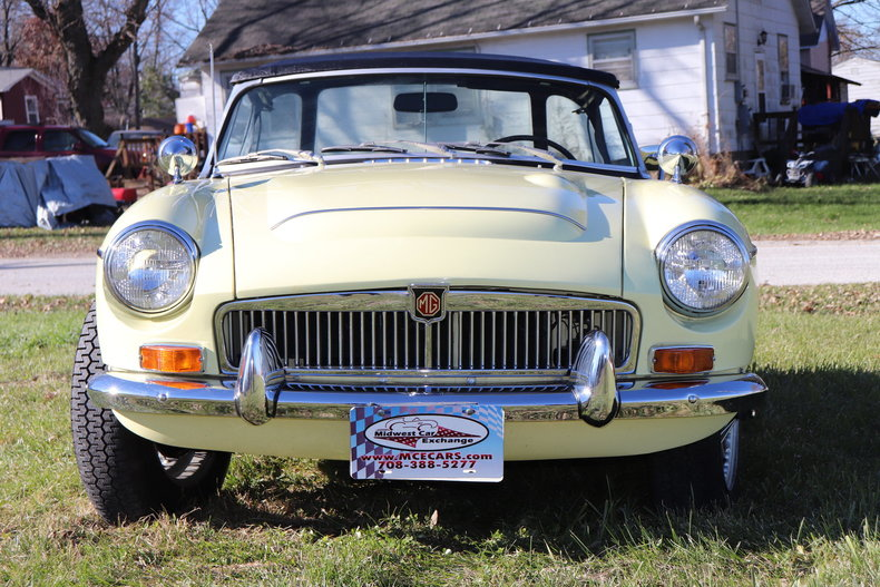 4744440c11e0d low res 1969 mg mgc